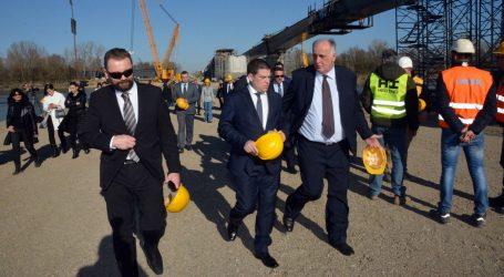 """BUTKOVIĆ """"Žalbeni rokovi neće usporiti gradnju pristupnih cesta"""""""