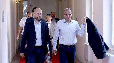 """ZMAJLOVIĆ """"Holy na listi SDP-a je jedan paradoks"""""""
