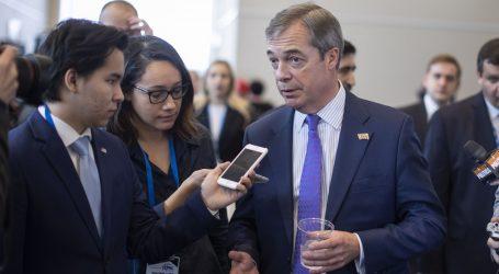 """Farage pokreće prosvjedni marš protiv """"izdaje"""" Brexita"""