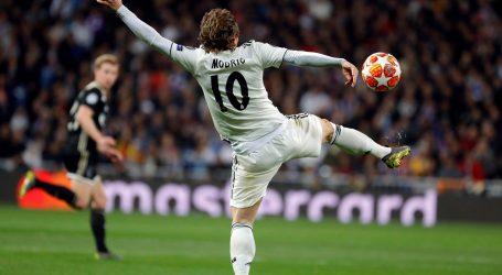Ajax se plasirao u četvrtfinale Lige prvaka