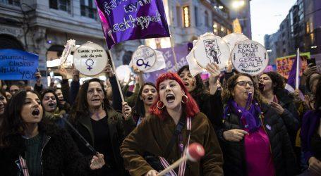 Erdogan optužio prosvjednice da su uvrijedile islam