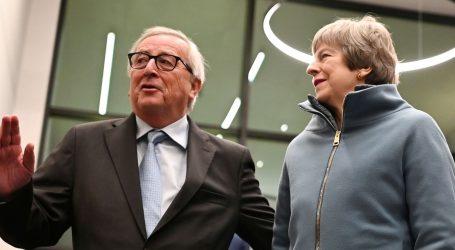 May dobila jamstva za Brexit uoči ključnog glasanja