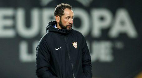 Sevilla smijenila trenera