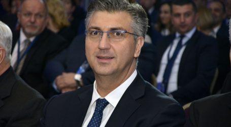 Premijer pozdravio donošenje Zakona o financiranju političkih aktivnosti