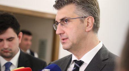 Premijer kasno u petak stigao u Sabor i nazvao Mostove amandmane besmislenima