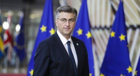 """Plenkovića pitali je li okrenuo leđa Žalac: """"Vidite da i dalje radi"""""""