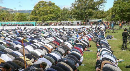 Tisuće Novozelanđana odalo počast muslimanskim žrtvama u Christchurchu