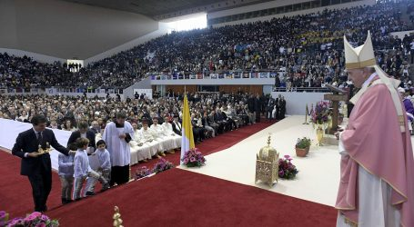 Papa Franjo velikom misom završio posjet Maroku