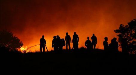 Iznad Mošćeničke Drage planuo veći požar
