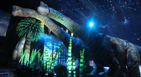 Osamnaest dinosaura u prirodnoj veličini u produkciji vrijednoj 20 milijuna dolara