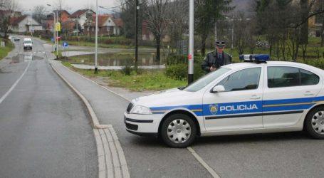 Policijska potjera za ilegalnim migrantima u Ogulinu
