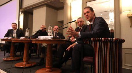 'LNG na Krku napravio bi od RH energetskog lidera u regiji'