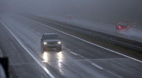 HAK Kolnici mjestimice mokri, magla smanjuje vidljivost