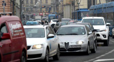 HAK Gužve na gradskim ulicama, vjetar otežava promet