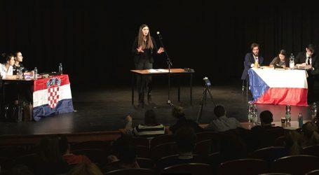 Zagrebački srednjoškolci sudjelovali na natjecanju Prague Debate Spring