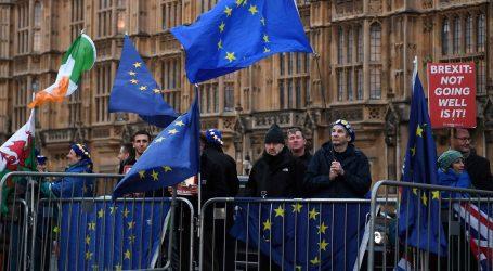 Britanski zastupnici glasaju o odgodi brexita i drugom referendumu