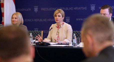 Grabar-Kitarović osniva radnu skupinu za fiskalnu decentralizaciju i regionalni razvoj