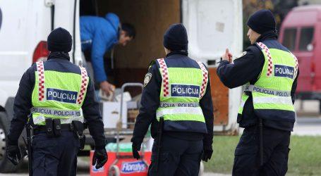 "Policajac tjerao migrante da viču i ""Za dom spremni"""