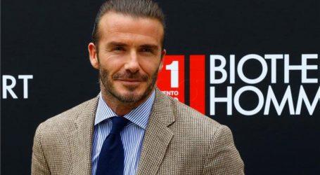 VIDEO Beckham dobio kip pred stadionom LA Galaxyja