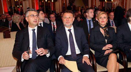 """PREDSJEDNICA & PREMIJER """"Murganić ne treba dati ostavku"""""""