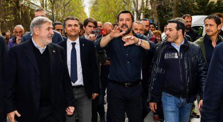 """Salvini u Pragu razgovara o """"katastrofalnoj"""" politici Europske unije"""