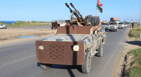 Minobacači pogodili predgrađe Tripolija, nastavljaju se borbe