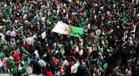 U Alžiru tisuće prosvjednika protiv privremenog predsjednika