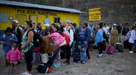 Papa šalje novac kako bi podržao migrante koji nastoje ući u Sjedinjene Države