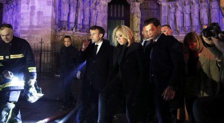 Macron najavio obnovu Notre Damea, milijarderi daju milijune eura