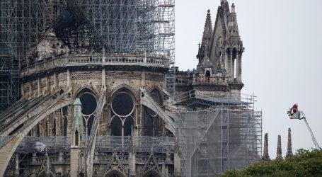 FOTO: Pogledajte kako Notre Dame izgleda jutros