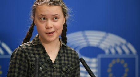 Švedska klimatska aktivistica 'Spasite svijet kao što želite spasiti Notre Dame'