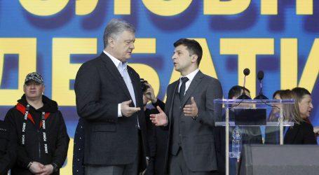 Ukrajinski predsjednički kandidati vrijeđali se u debati na stadionu