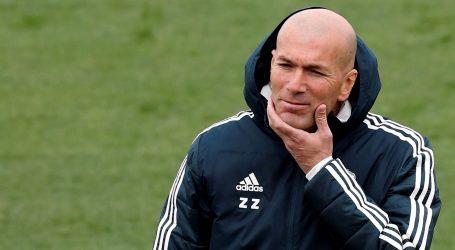 Real izgubio od 'fenjeraša' Raya, Zidane bijesan na igrače