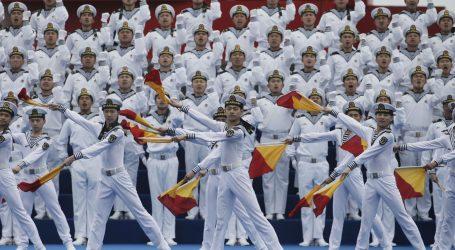 """Xi otvorio veliku pomorsku paradu: """"Kineski narod voli mir"""""""