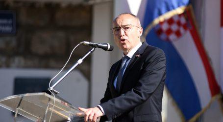 """Vojarna u Kninu dobila novo ime – """"4. gardijska brigada Pauci"""""""