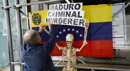 Bolton vrši pritsak na Madurove suradnike da ga napuste