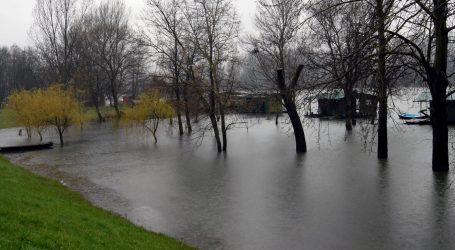 JUŽNA AFRIKA 23 poginulih u poplavama i odronima