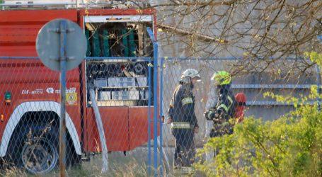 Požar na zagrebačkom Jakuševcu, čula se eksplozija