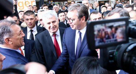 """SLADOLJEV O SUSRETU MAMIĆA I VUČIĆA """"Sramotno"""""""