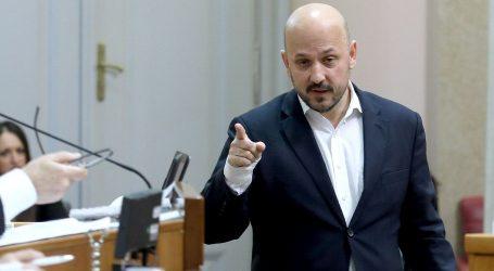 """MARAS """"Za hrvatsku politiku ja sam James Bond"""""""
