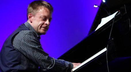 '25 godina na sceni rezultat je fanatičnog rada  ljubavi za glazbu'