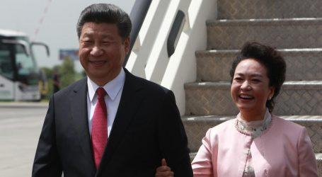 ŽIVOTNA ROMANSA NOVOG KINESKOG VOĐE  Raspjevana nova prva dama Kine