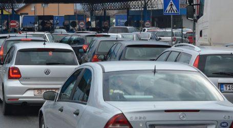 HAK Pojačan promet na većini graničnih prijelaza, kolone oko 2 kilometra