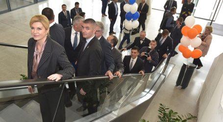 Predsjednica otvorila novu zgradu putničkog terminala u zadarskoj luci Gaženici