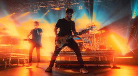 VIDEO: Grupa 'Papa Roach' izdala novi singl