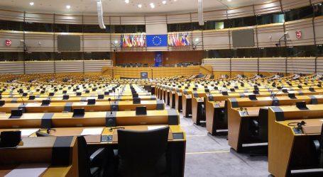 Građani na europskim izborima biraju na temelju odbojnosti prema strankama