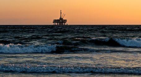 U nedjelju stupa na snagu američki embargo na venezuelansku naftu