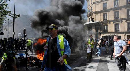 Sukobi u Parizu na prosvjedima žutih prsluka