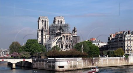 Drvena katedrala ispred Notre Dame?