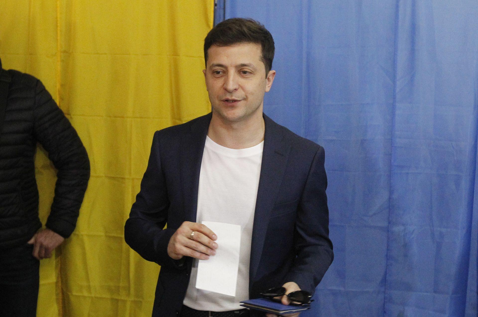 Zelenskij raspustio parlament i sazvao prijevremene izbore
